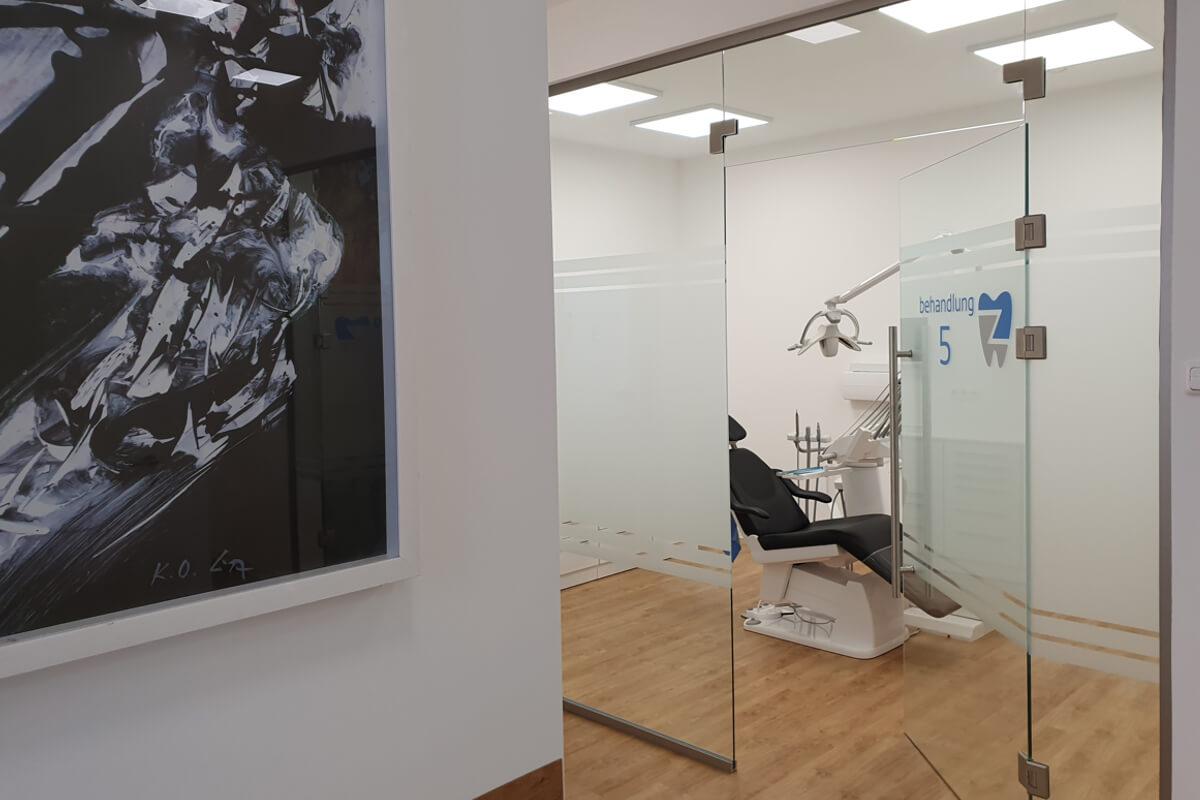 Behandlungsräumlichkeiten Zahnarzt cologne